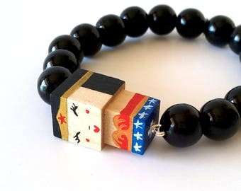 "Lacquered wood pearls bracelet ""Wonderwoman"""
