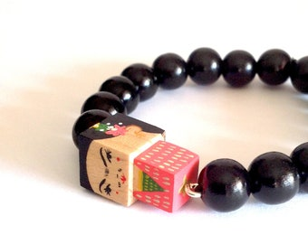 "Lacquered wood pearls bracelet ""Frida Kahlo"""