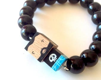 "Lacquered Wood Pearls Bracelet ""Bearded"""