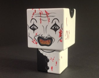 "Cubic wooden deco ""Scare"" Clown figurine"
