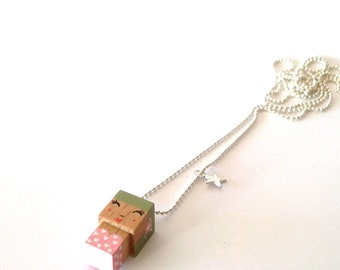"Pendant cubic figurine ""Pin-up"" khaki and pink ball chain necklace"