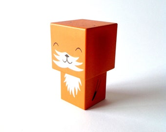 "Cubic wooden decorative ""Fox"" figurine"