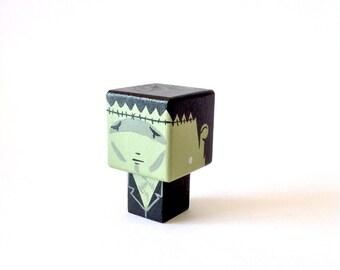 """Magnet  figurine cubique """"Créature de Frankenstein"""""""