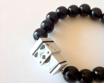 "Lacquered Wood Pearls Bracelet ""Stormtrooper"""