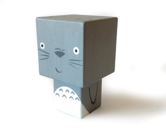 "Cubic figure superhero ""Totoro"""