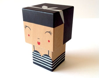 "Decorative wooden - ""Pinup retro style"" cubic figurine"