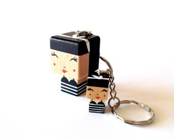 "Cubic Key ring ""Pin-up"" Vintage style"