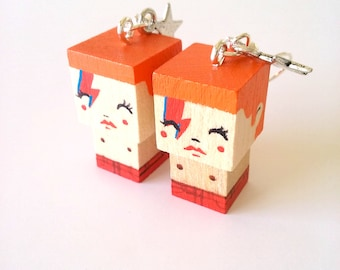 "Earrings Wooden Dolls ""Aladdin Sane"" Bowie - Hand-made"