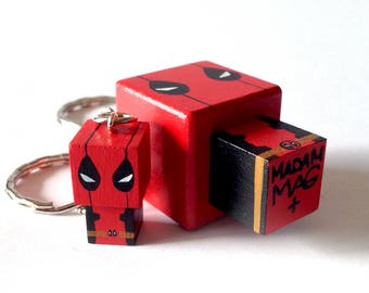 "MINI Woodendoll ""Deadpool"""