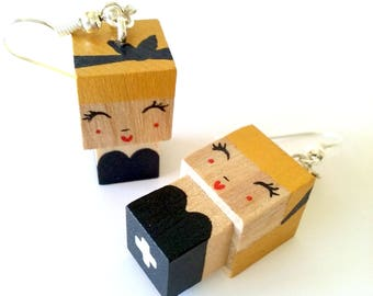 "Earrings Wooden Dolls ""Pin-Up"" - Hand-made"