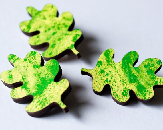 Leaf Pin - Wooden leaf green and yellow riso brooch