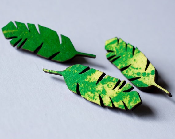 Banana Leaf Pin - Wooden leaf green and yellow riso brooch