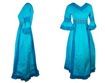 Unique vintage dress 70s.Genuine Boho style. Diamond pattern turquoise blue cotton. Cotton crochet. Crochet trim. Circle skirt. XS.