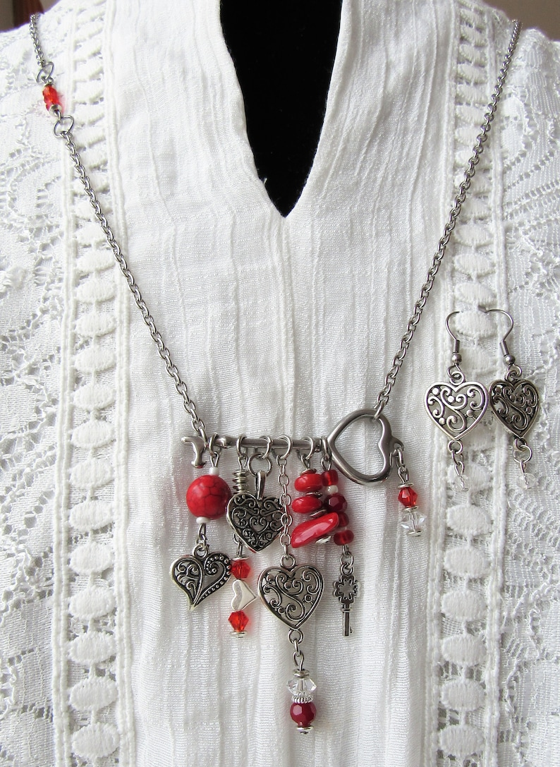 Beaded Necklace Hippie Hippy Skeleton Key Valentine Heart Boho Long Necklace /& Earring Set Boho Chic Stainless Steel Heart Charms