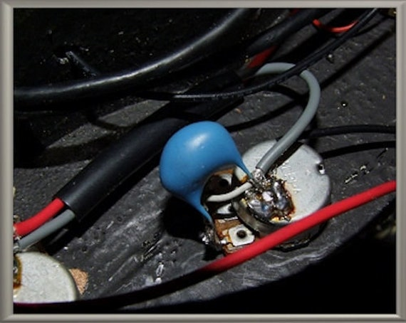 Onboard PASSIVE FUZZ DISTORTION Drive Guitar Parts GUITARHEADS UNDERDRIVE