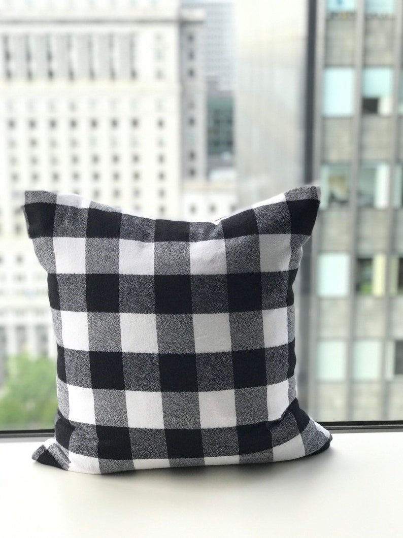 White and black plaid buffalo print Flannel Pillow Cover image 0