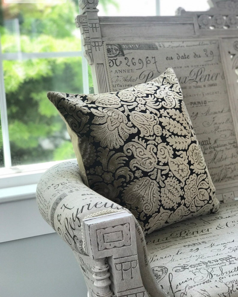 Floral Chenille Black Taupe Decorative Deluxe pillow case image 0