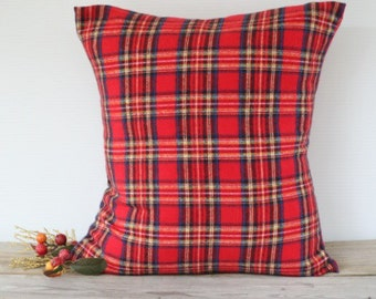 Red Plaid Christmas Pillow Cover