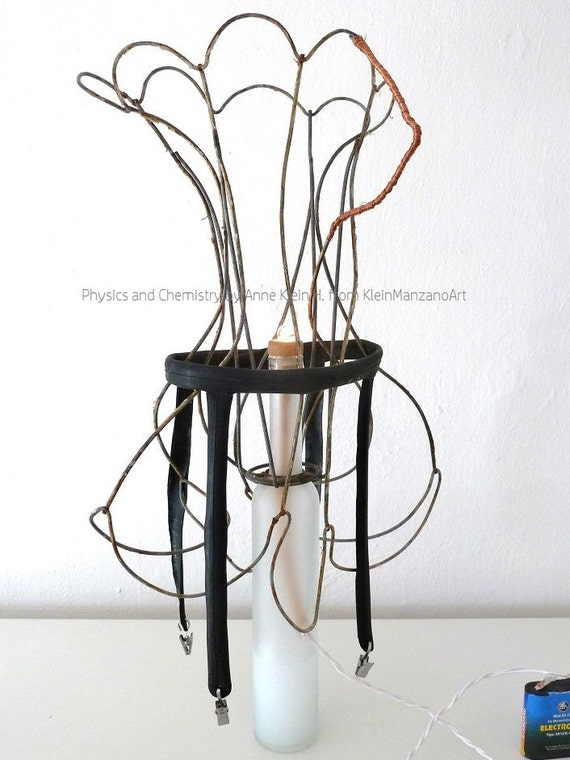 Torso, DaDa, Contemporary art, Assemblage, Erotic sculpture, Light scuplture, Metal and glass art, Physics and Chemistry