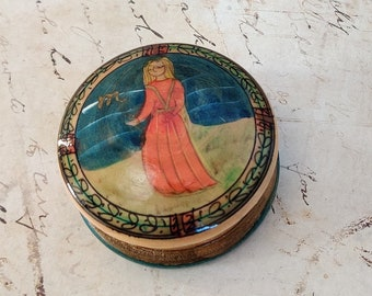Lacquered Taurus trinket box vintage hand painted wood wooden zodiac lacquar tooth fairy pill box snuff jewelry container box