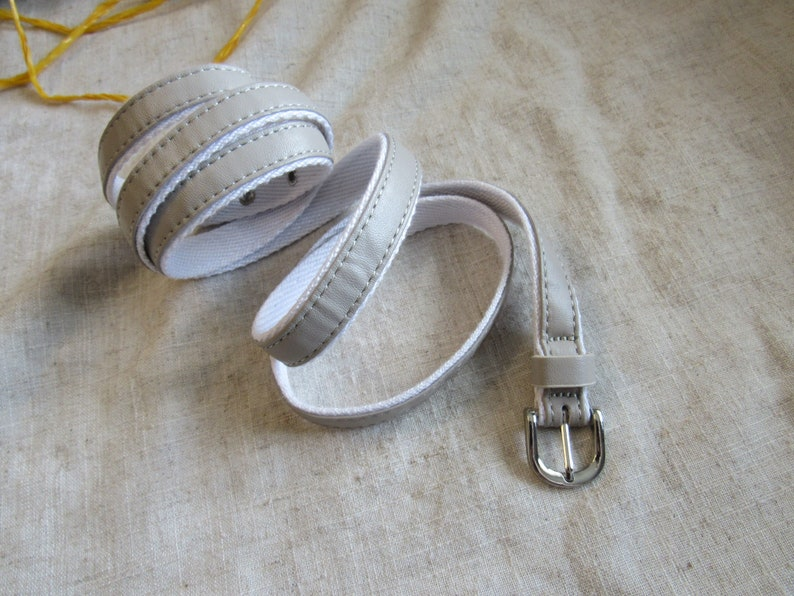 narrow belt LIGHT gray belt retro belt