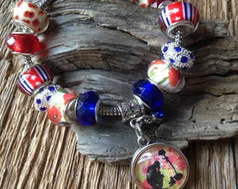 Memorial Day bracelet with fallen soldier and red poppies: Military bracelet, WWII bracelet, Remember the Fallen poppy, red poppy, Memorial