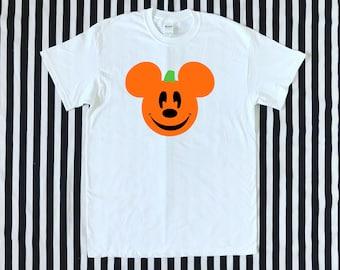 e73045d2 Halloween Pumpkin Mickey Men's Tee