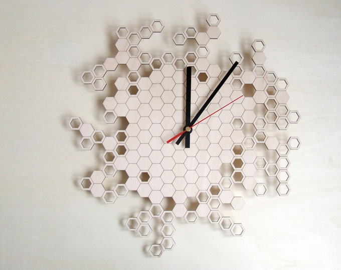 Large wall clock - Honeycomb Original - wood
