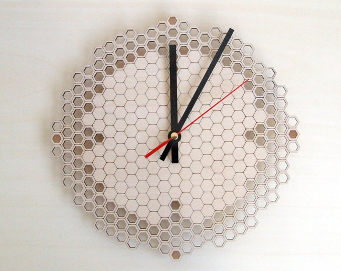 Honeycomb Regular - small wall clock