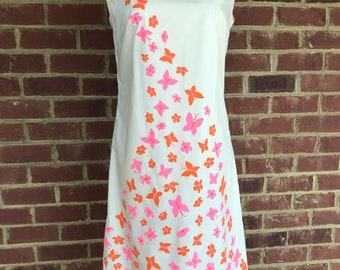 Vintage Vested Gentress shift dress in pink and orange butterflies on white