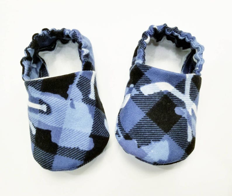 594d596554aeb Plaid Baby Booties, Baby Gift, Baby Slippers, Baby Crib Shoes, Baby Moccs,  Plaid Baby Shoes, Plaid Baby Slippers, Hockey Baby Boy Slippers