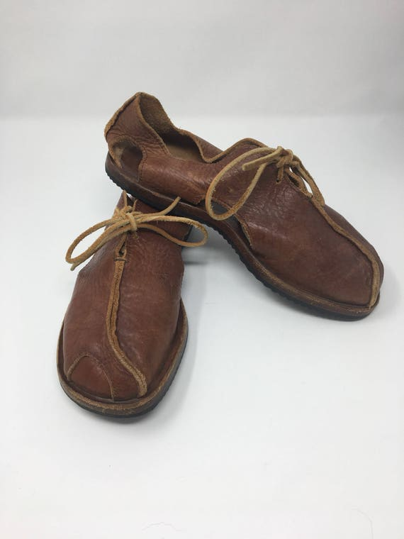 dcfe995717d Cydwoq Honey Brown Handmade Cut Out Lace Up Oxfords Size 8