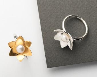 Large Daffodil Pearl Ring
