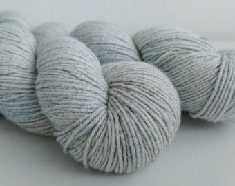 "45/22/22/11% wool/cotton/nylon/silk 8-ply ""Vapor"""