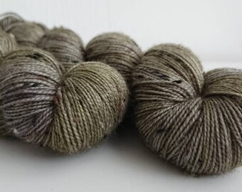 """85/15% Merino / viscose nep Donegal 2-ply """"Tombstone"""""""