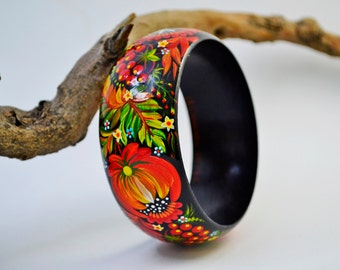 Hand painted  Bracelet Wooden Bangle Ukrainian folk style Petrykivka painting.Made to order.