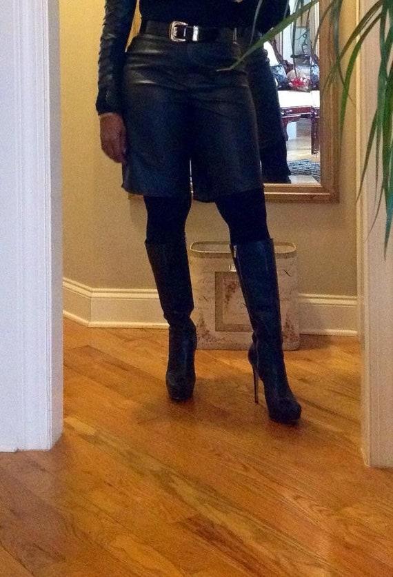 Black leather shorts - image 4