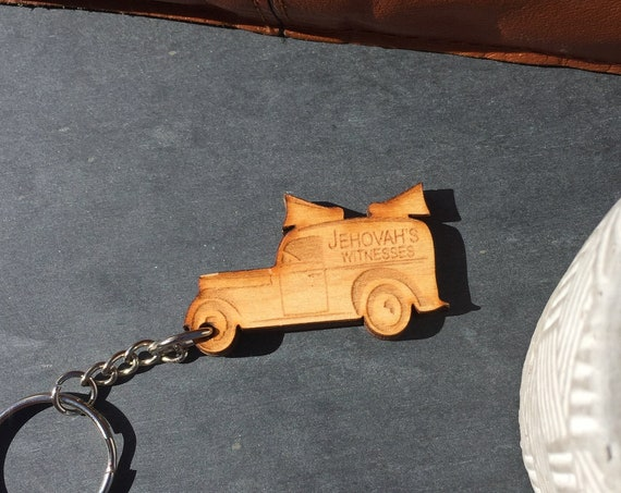 Wooden JW Keychain - Sound Car