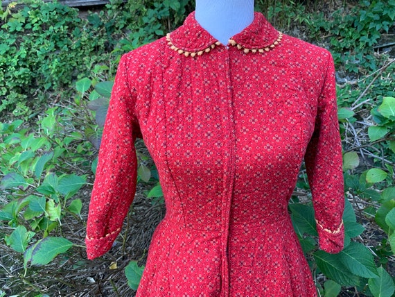 70's Red Floral Quilted Dress / Small / 60's / Vin
