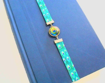 Peacock Book Band Bookmark, Peacock Feathers in Blue and Green Stretch Elastic Fold Over Bookmarker, Peacock Art Image Book Jewelry