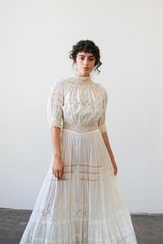 antique 1910s edwardian ecru eyelet lace lawn dres