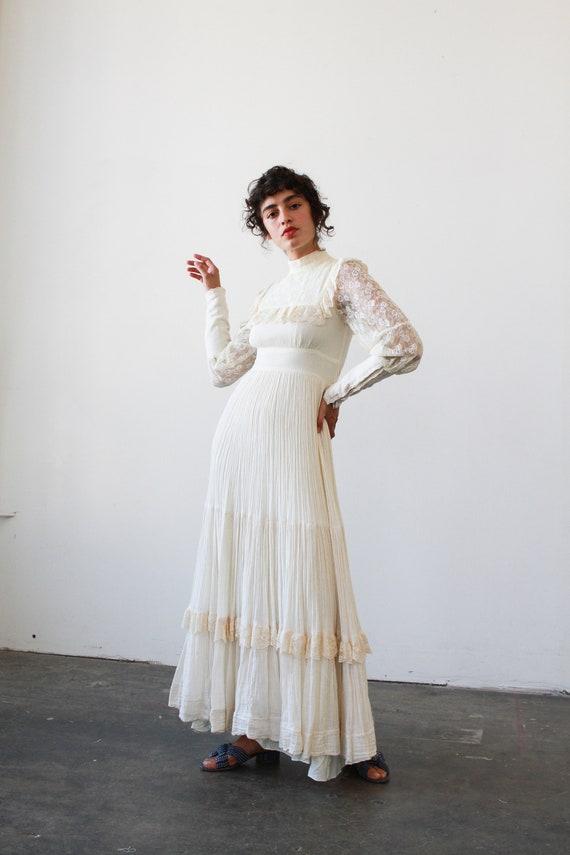 vintage 1960s cream gunne sax lace ruffle dress