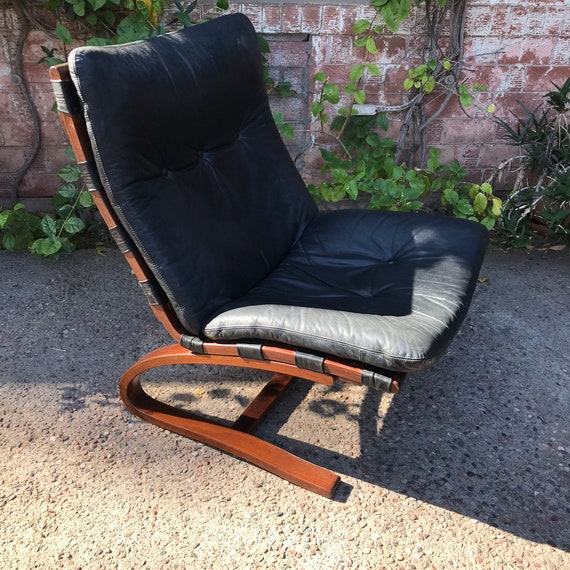 Pleasant Vintage Mid Century Cantilevered Black Leather Siesta Chair By Westnofa Gmtry Best Dining Table And Chair Ideas Images Gmtryco