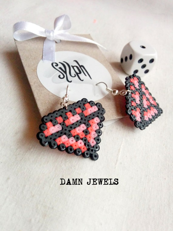 Beautiful diamond shaped pixelated 8bit Damn Jewels earrings in pink