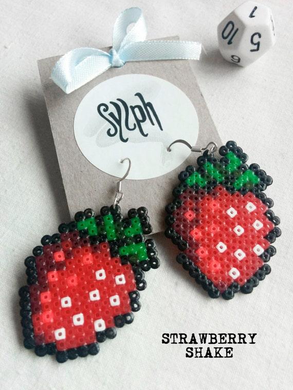 8bit pixelart Strawberry Shake dangle earrings made out of Hama Mini Perler beads in oldschool retrogames style