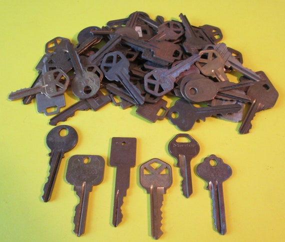 58 Assorted Vintage Brass & Steel Keys  - Many Different Brands -  for your Steampunk Art, Crafts - Jewelry Making