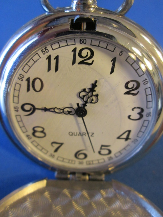 "1 New Etched Shiny Chrome Quartz Pocket Watch With 14"" Chain - Great Gift"