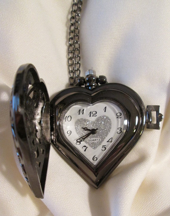 "New Beautiful Antique Victorian Style Heart Shaped Dark Gray Steel Reproduction Ladies Pocket Watch Pendant With 30"" Chain - Great Gift Idea"