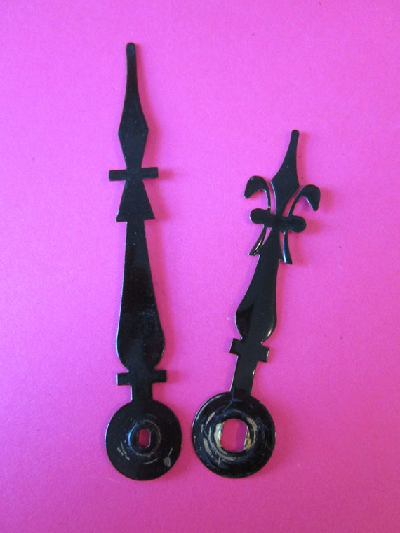 1 Pair of Vintage Shiny Black Painted Solid Brass French Fleur De Lys Style Clock Hands for your Clock Projects and Etc..