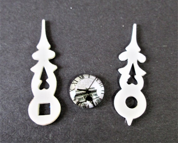 1 Pair of Nice Plastic Cuckoo Clock Hands for your Cuckoo Clock Projects - Art -